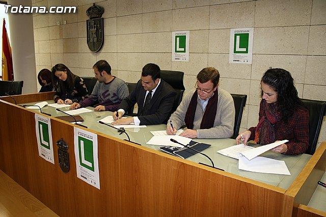 Más de 300 jóvenes podrán obtener ayudas cercanas a los 500 euros para la obtención del carné de conducir, Foto 1