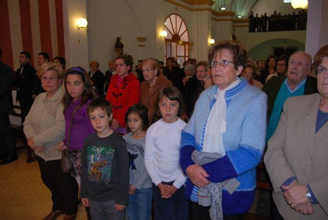 Autoridades municipales asisten a la primera misa que se celebra en honor a Santa Eulalia en el municipio, Foto 1