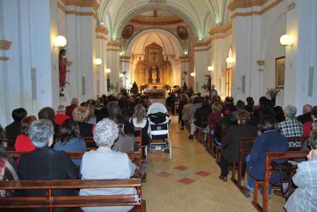 Autoridades municipales asisten a la primera misa que se celebra en honor a Santa Eulalia en el municipio, Foto 3
