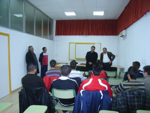 The councilman of Sports opens training course for football coaches - 3