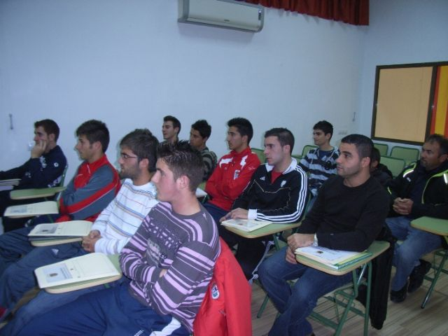 The councilman of Sports opens training course for football coaches - 4