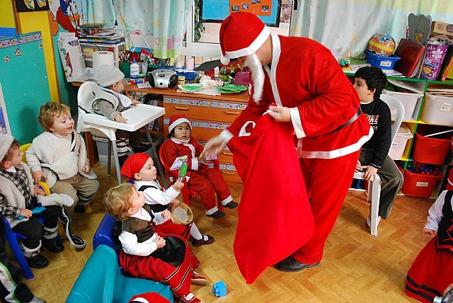 The Disney Nursery received a visit from Santa Claus - 1