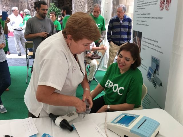 Sanidad realiza cada año entre 5.000 y 7.000 espirometrías para la exploración básica de las enfermedades pulmonares, Foto 1
