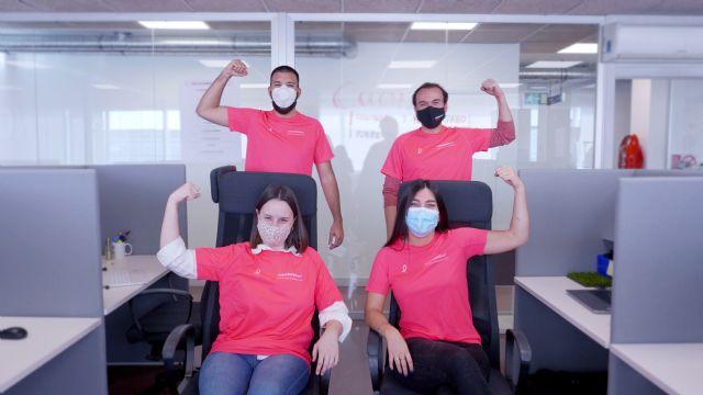TodoCESPED visibiliza la lucha contra el cáncer de mama con el proyecto #TodoCESPEDrosa - 1, Foto 1