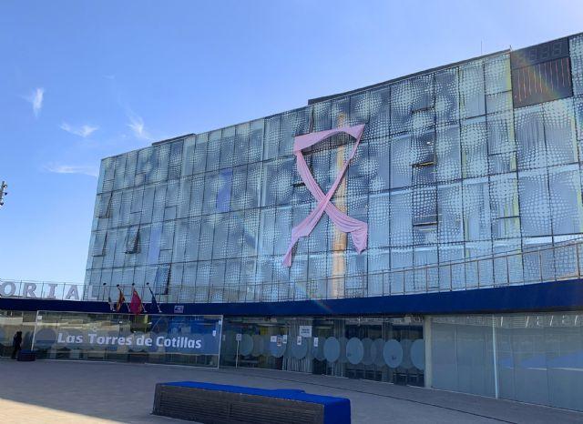Las Torres de Cotillas se ilumina de rosa contra el cáncer de mama - 2, Foto 2