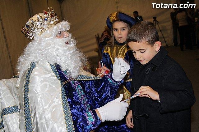 Los Reyes Magos recogen personalmente las cartas con las ilusiones y deseos de cientos de niños y niñas, Foto 1
