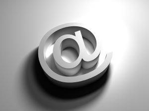 Más de la mitad de los murcianos ya utiliza habitualmente Internet, Foto 1