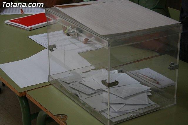 Se ha ampliado el plazo de presentación de solicitudes para los inmigrantes que quieran votar hasta el 25 de enero, Foto 1