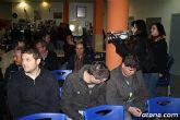Decenas de vecinos participan en la asamblea vecinal en El Paretón-Cantareros - 5