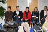 Decenas de vecinos participan en la asamblea vecinal en El Paretón-Cantareros - 13