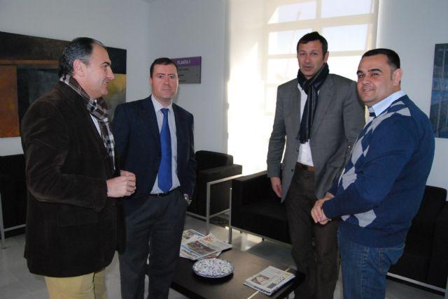 El alcalde y el concejal de Deportes se reúnen con el director general de Deportes, Foto 1
