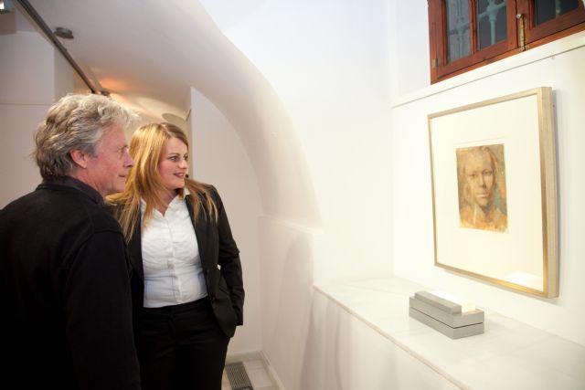 ´Azulyocre´ visita ´Transiciones´ de Allan Madsen en Casas Consistoriales, Foto 1