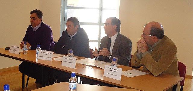 Se celebra en CEBAG una charla-coloquio sobre los horarios de apertura de los comercios, Foto 1