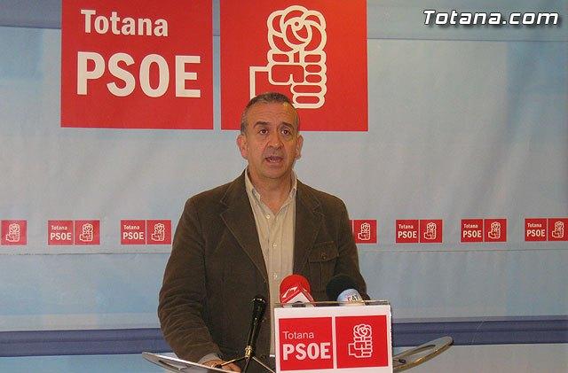 Otálora exige al alcalde que, ya que lo cobra, se dedique a tiempo completo a Totana, Foto 1