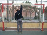 La concejalía de Deportes revisa periódicamente los equipamientos deportivos de las instalaciones