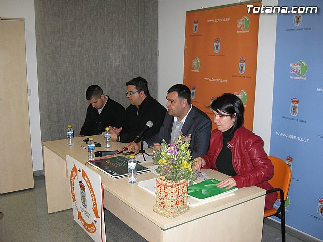 About a hundred residents participated in the Olympic neighborhood neighborhood assembly, Pears, Station and Triptolemos - 1