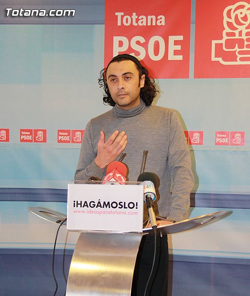 """""""When the PSOE rule, whenever there is any event, the representative of the opposition will stand with the Mayor"""" - 1"""