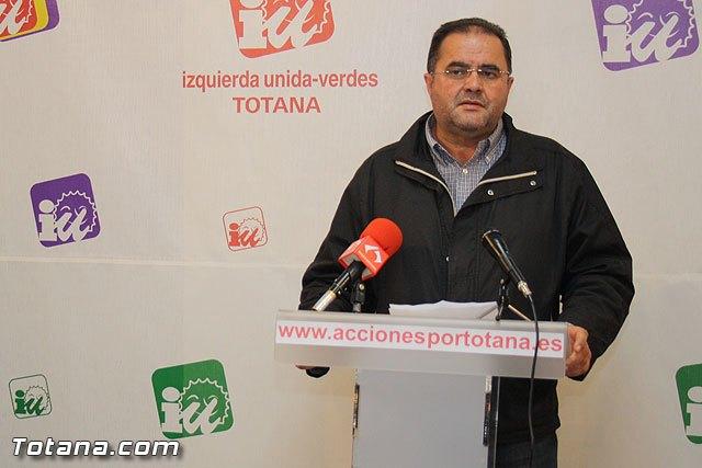 The IU-Greens candidate in Totana, Juan José Cánovas, calls on the PP and PSOE - 1