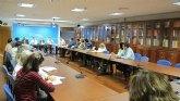 El PP regional se reúne con representantes de asociaciones de padres y madres