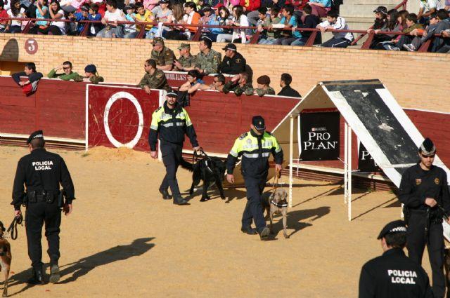 La Unidad Canina de la Policía Local de Totana (K-9) participa en las III jornadas policiales y militares de guías caninos, Foto 1