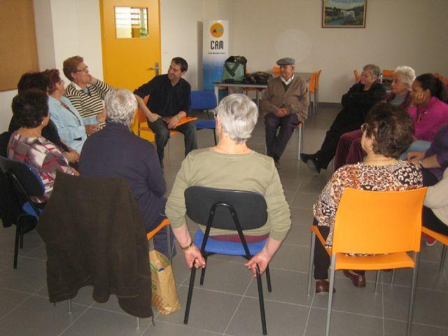 Comienza el programa de actividades de primavera en el Centro Municipal de Personas Mayores de Paretón-Cantareros, Foto 2