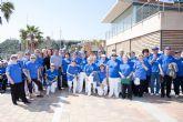 Los mayores practican taichi en el puerto deportivo de Mazarrón