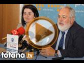 El ex Ministro de Agricultura y Agua del PP en el gobierno de Aznar, Miguel Arias Cañete, visitó empresas de la localidad