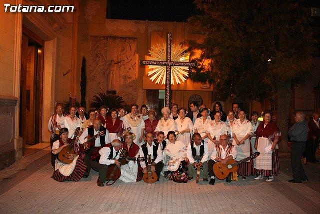 Mañana martes 3 de mayo, día de la Cruz, el Coro Santa Cecilia cantará Los Mayos, Foto 1