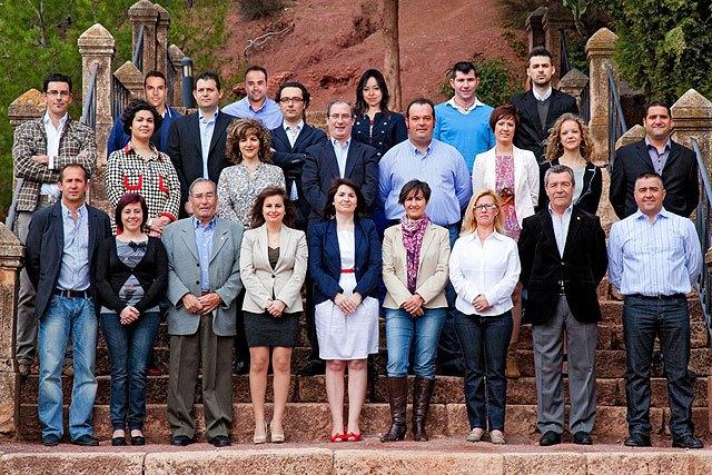 Isabel María Sánchez Ruíz y los integrantes de su candidatura trabajan en la confección de una veintena de actos, Foto 1