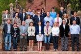 Isabel María Sánchez Ruíz y los integrantes de su candidatura trabajan en la confección de una veintena de actos