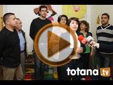 La candidata del PP anuncia, entre las propuestas de educaci�n, la construcci�n de una nueva guarder�a municipal