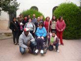 Los usuarios del Centro Ocupacional José Moyá han conocido de primera mano la labor social que realiza Cáritas Interparroquial