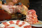 El sector de la hostelería se especializa con la realización de un curso de iniciación al corte de jamón