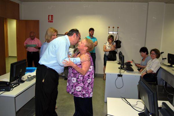 Más de 60 mayores reciben sus diplomas que acreditan su conocimiento de Internet, Foto 5