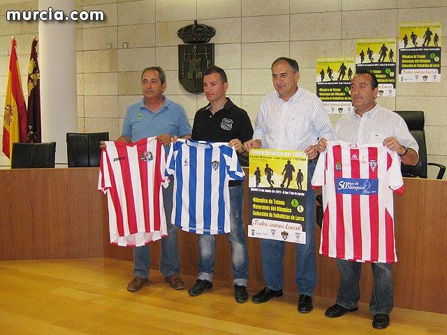 El estadio municipal Juan Cayuela acoge el próximo 9 de junio un triangular a beneficio de los damnificados de Lorca, Foto 1