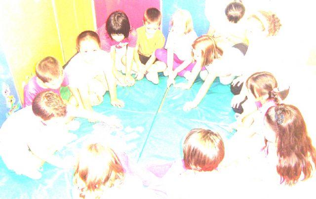 El colectivo de Promoción Social El Candil pone en marcha este año la Escuela de Verano, Foto 1