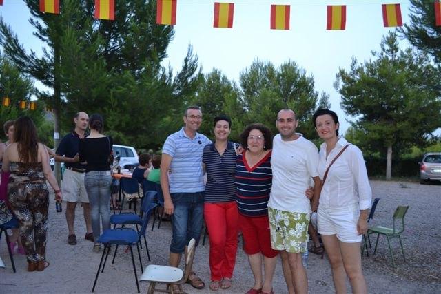 La Asociación de Vecinos de los Huertos de Totana organizó una merienda campestre, Foto 1