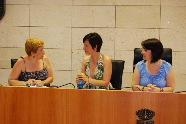 La alcaldesa y la nueva concejal de Educación se reúnen con los directores de los Centros Educativos, Foto 4