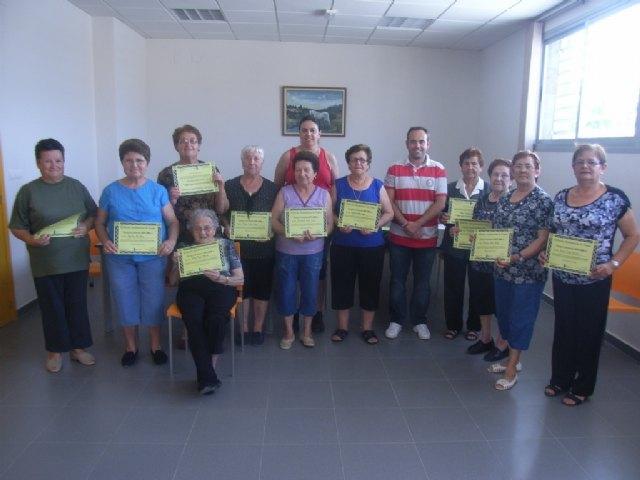 La concejalía de Deportes clausura el programa de gimnasia de mayores del Paretón, Foto 3