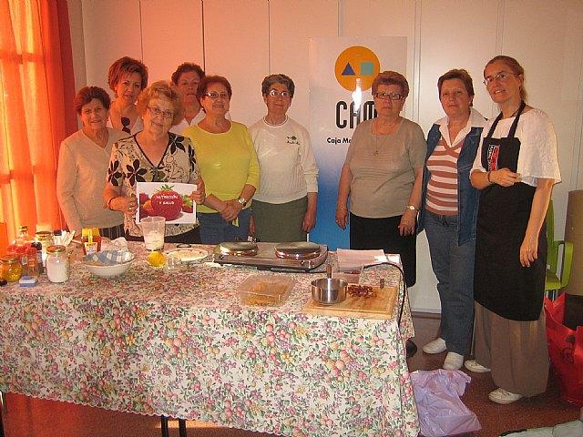 Finaliza el programa de actividades de las personas mayores para el curso 2010/2011, Foto 2