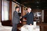 El presidente de la Comunidad recibe al alcalde de Alhama de Murcia