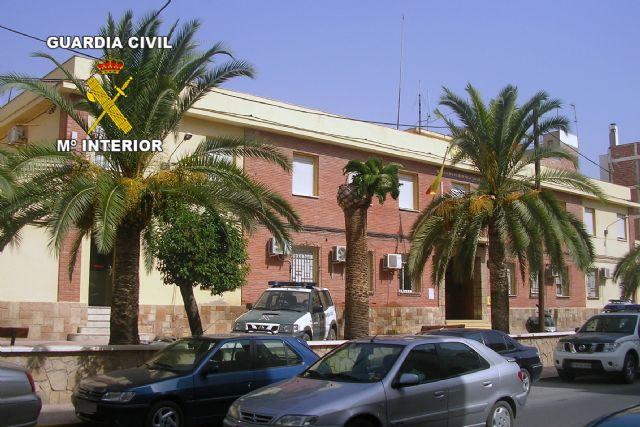 Se inicia la reconstrucción del Cuartel de la Guardia Civil de Lorca, afectado por el seísmo del 11 de mayo, Foto 1