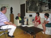 El consejero de Presidencia recibe a la alcaldesa de Totana