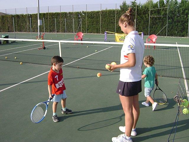 Comienza la Escuela de Tenis del Club de Tenis de Totana., Foto 4