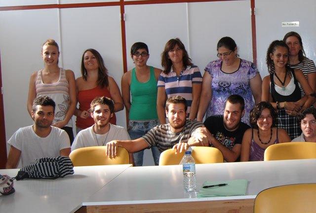 Cerca de una treinta de jóvenes participan en el curso sobre Técnicas de educación ambiental en espacios naturales, Foto 2