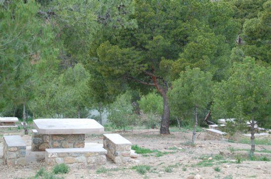 Las barbacoas ubicadas en La Santa y en las zonas recreativas de Sierra de Espuña ya pueden ser utilizadas para hacer fuego, Foto 1