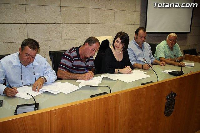El ayuntamiento y las organizaciones agrarias acuerdan destinar la recaudación íntegra del IBI rústico a incrementar los servicios de vigilancia y seguridad, Foto 2