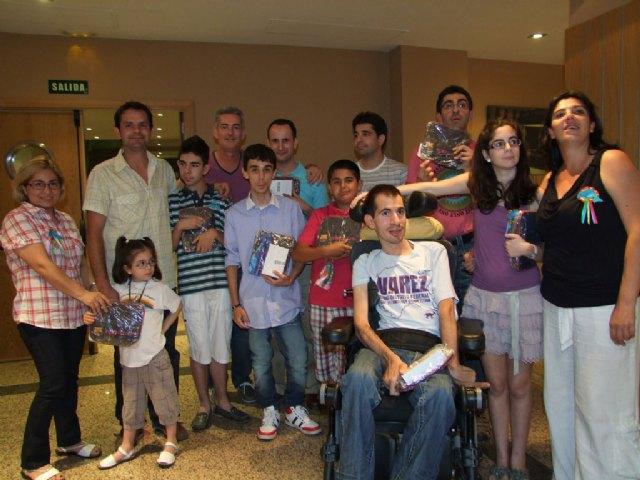 La Peña Barcelonista de Totana apoya a las personas diagnosticadas con Niemann Pick, Foto 1