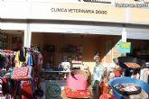 Cl�nica Veterinaria Dogo y Centro Veterinario Dogo hicieron entrega del bono de dos noches de hotel que sortearon entre los visitantes a su stand en la II Feria Outlet - 1