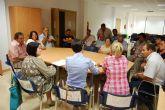 La alcaldesa y la concejal de Relaciones Vecinales se reúnen con los vecinos de Lébor